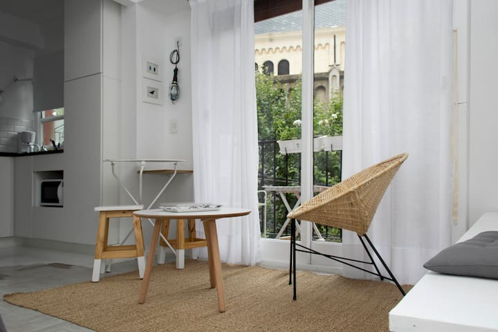 Cozy & Renovated Studio in Palermo