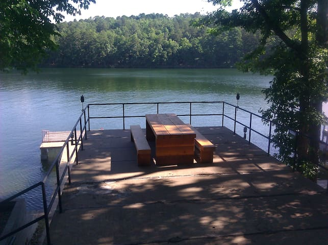 Lake Hamilton waterfront home! - Hot Springs Natl Park - Casa
