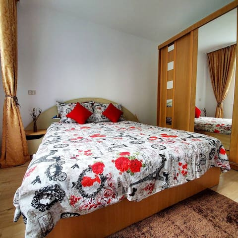 Cozy apartment close to city center in Brasov