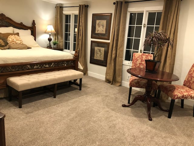 #4 Bedroom - King bed, Malouf mat, crib, and black-out drapes