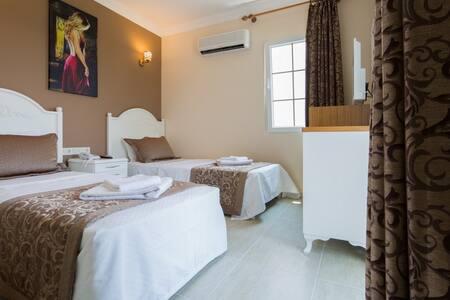 Enda Boutique Hotel Standart Room - Kaş - ที่พักพร้อมอาหารเช้า