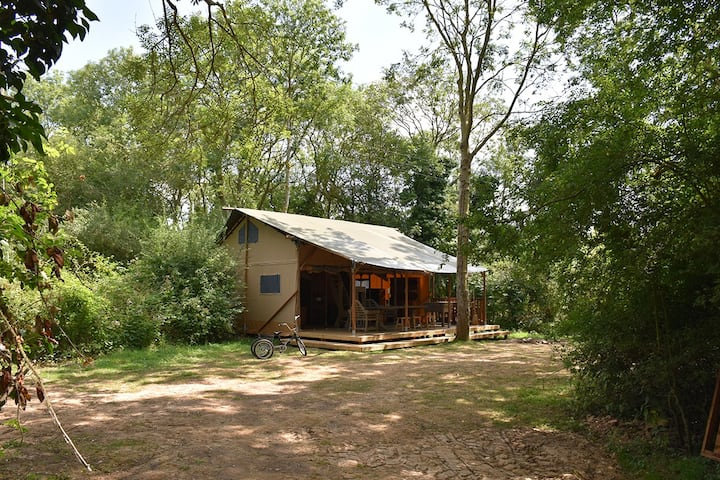 KEEPER'S HIDE - A Secluded, Wild, Safari Tent