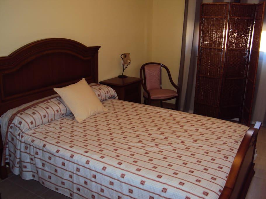 una cama para cuando necesitamos descansar despues de un dia de mucho andar y disfrutar