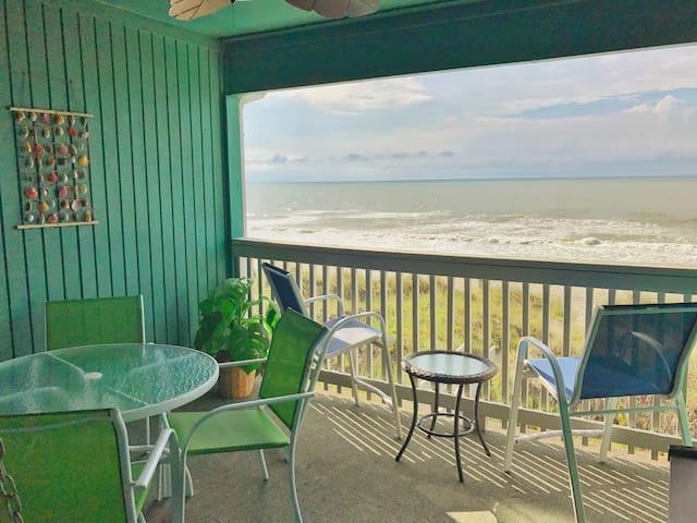 Unlimited Oceanview, Top Floor Beachfront Condo