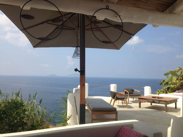 Amazing sea view - Ginostra