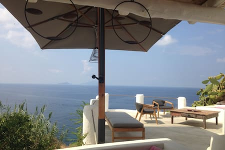Amazing sea view - Ginostra - Casa