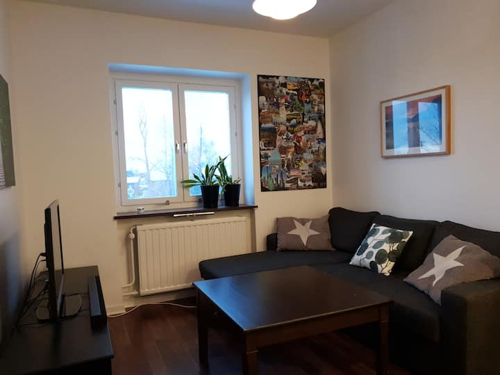 Clean and Well Situated Apartment - Great Value