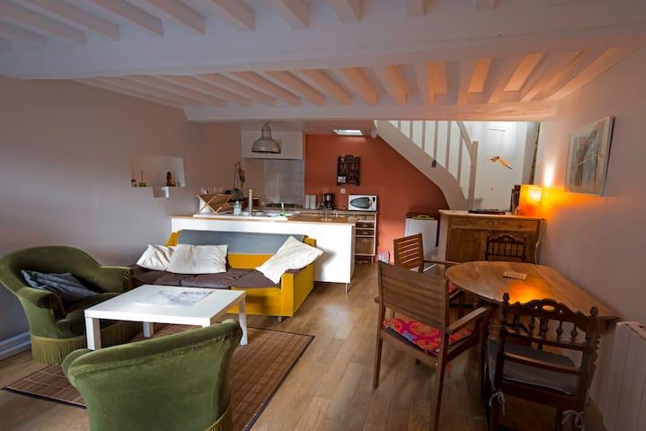 Petite maison au calme, proche plage - Lion-sur-Mer - Hus