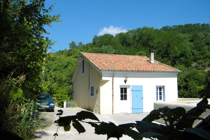 *** HOLIDAYS COTTAGE/MILL CORNEVIS/PEACE AND REST - Privas - บ้าน