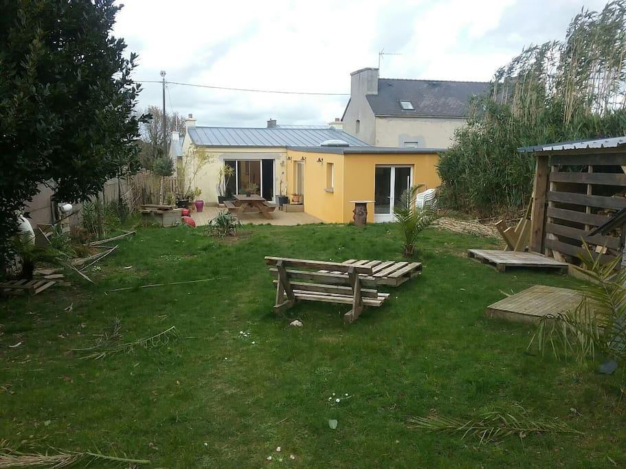 Maison avec jardin lambezellec houses for rent in brest for Jardin google translate