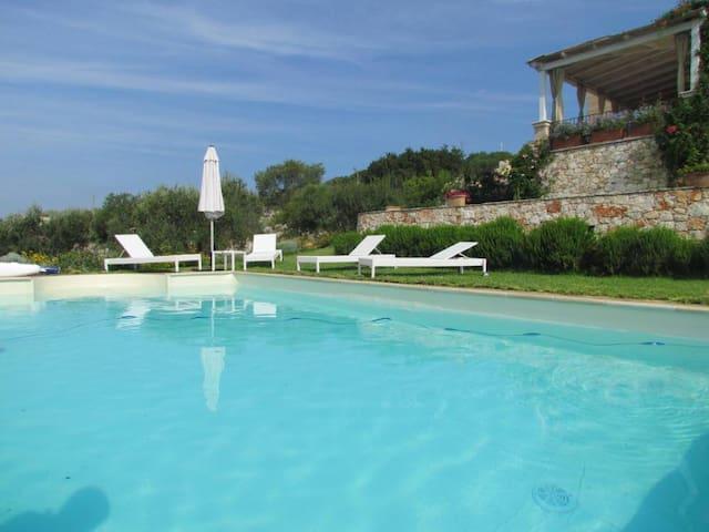 VILLA SUSANNA - Villa con piscina e vista mare - Pescoluse - Villa