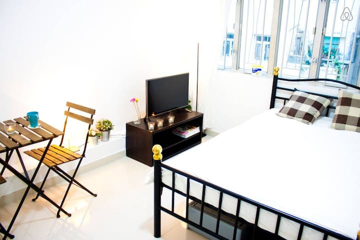 Cozy Studio in Tsim Sha Tsui