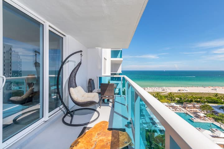 Luxury 1 Resort Suite with Ocean/Pool Balcony 5* 2