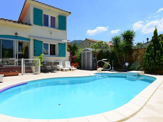 Double bedroom in sunny villa with swimming pool - Sorède - Villa