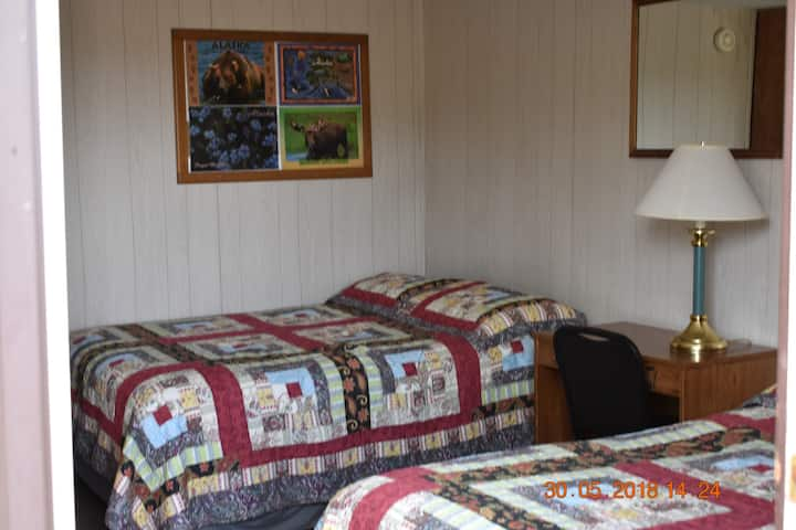 Denali RV Park/Motel, 2 Double Beds (18)
