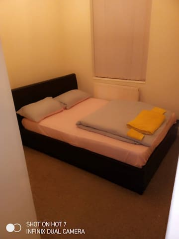 Manchester Stay ( OPENSHAW HOLIDAY APARTMENT)