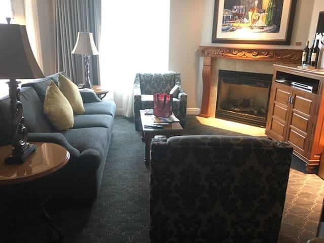 Luxury 1br Condo at Napa Resort (5)