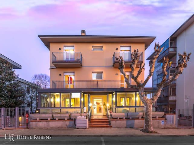 Hotel Rubens*** Montecatini Terme DOUBLE ROOM