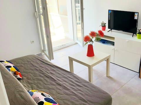 M-joy apartment with sea view