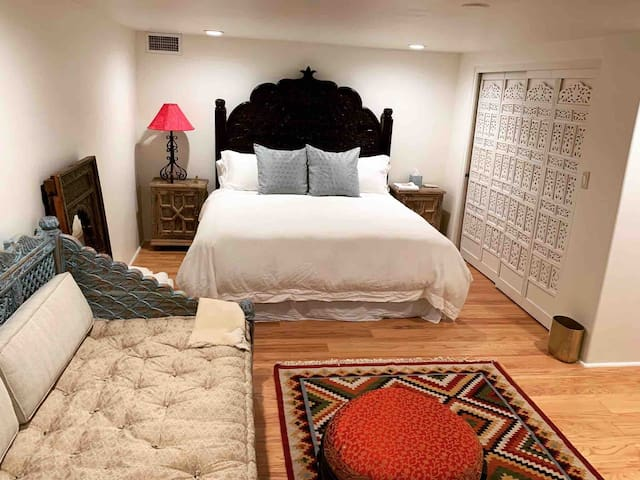 Luxury Maharani Guest Suite   Nob Hill   New!