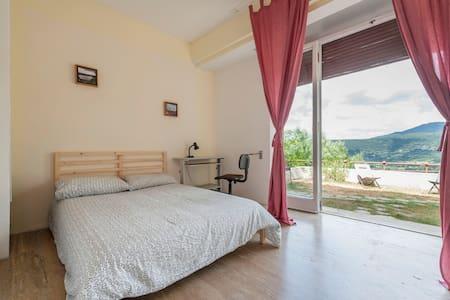 Ferienhaus im Grünen am Nemisee bei Rom - Nemi - Villa