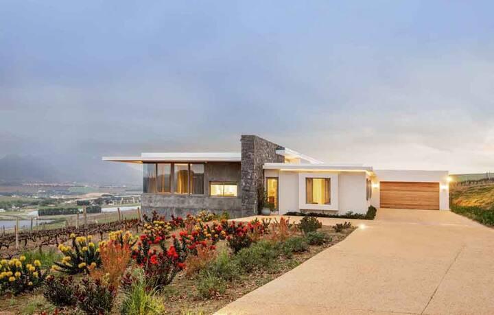 Luxury Farmhouse in Stellenbosch Winelands