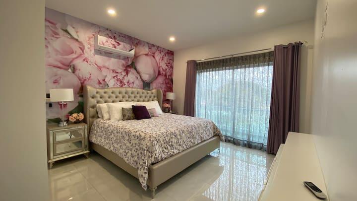 Hermosa, lujosa y cómoda casa completa con jacuzzi
