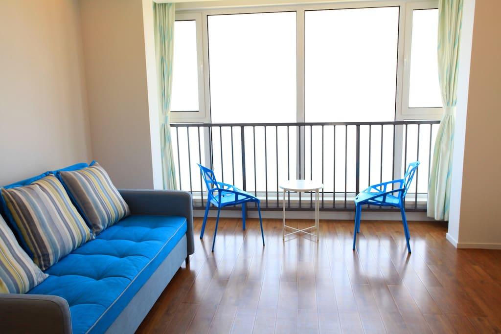 全新公寓!干净整洁!