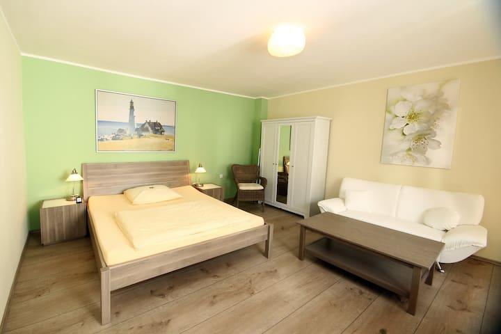 Liebevoll eingerichtete Wohnungen - Jülich - Apartamento