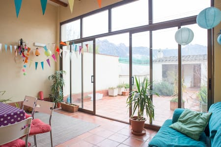 Room with great view to Montserrat  - El Bruc - Casa