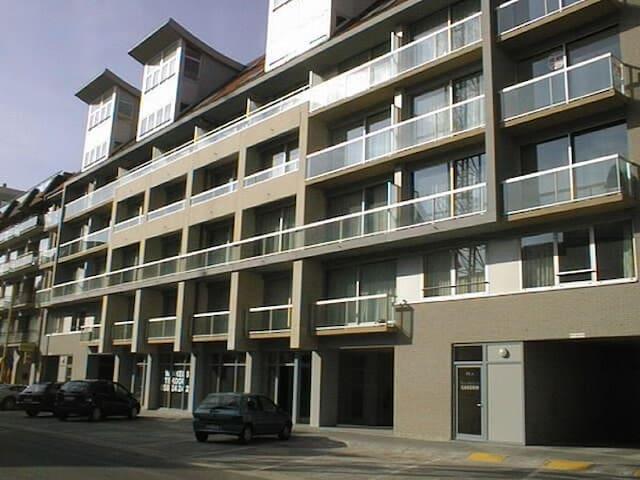 Moderne Appartement met zonneterras - Nieuwpoort - Departamento