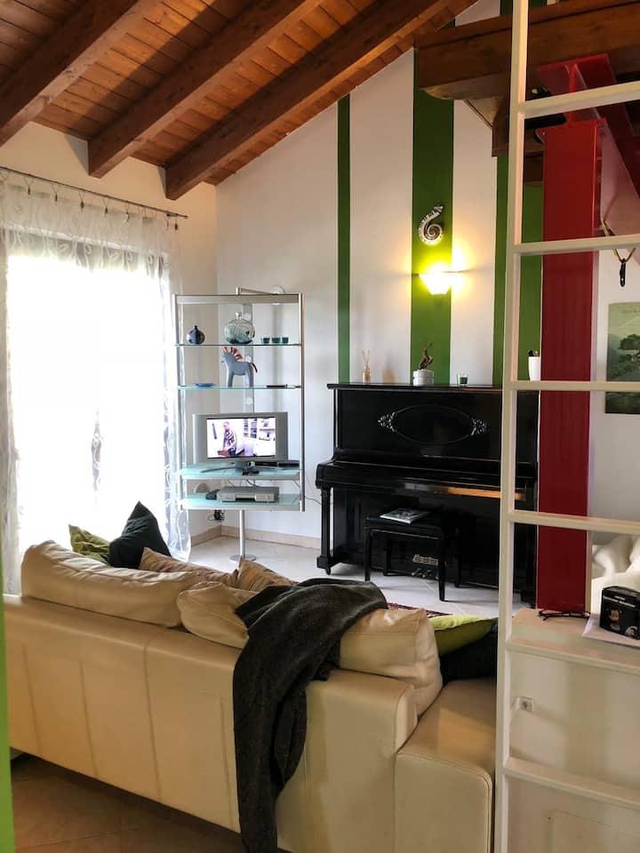 Loft moderno in storica cascina milanese