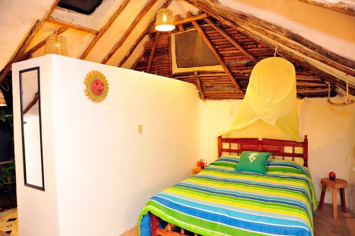 Casitas Kinsol Guest House - Room 7 - Puerto Morelos - Blockhütte