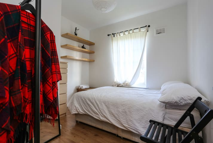 Cosy room for short stays