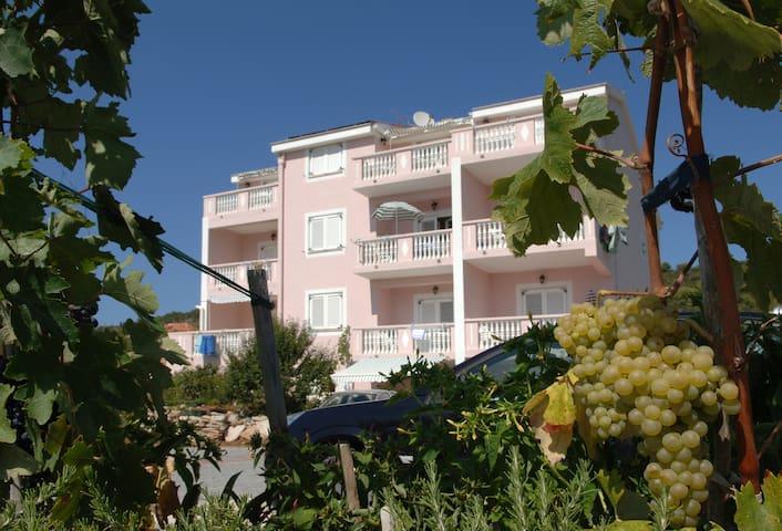Villa Ljubica 10