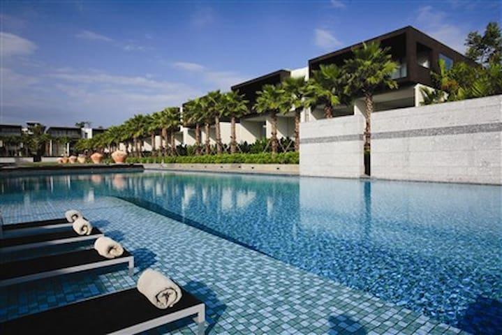 Duplex Apartment - Baan Yamu Phuket - Phuket Yamu Cape - Huoneisto