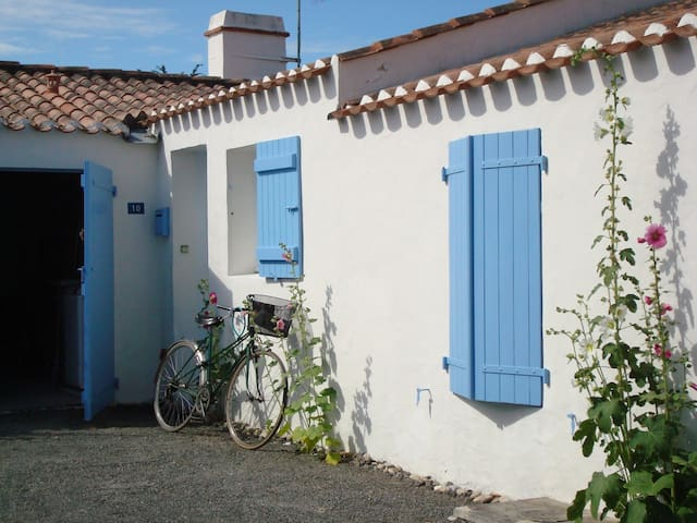 Maison noirmoutier l 39 pine houses for rent in l 39 pine pays de l - Maison a noirmoutier ...