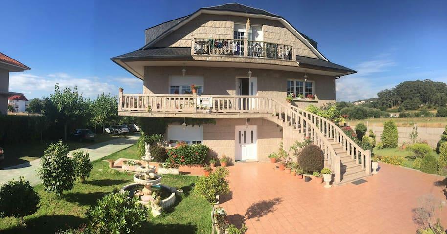 Apartamento A 3 mint of beach - Sanxenxo - Hus