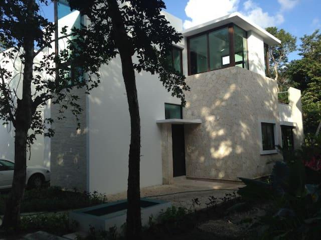 Rare, Private House in Tao 5 Star Golf/Wellness - Akumal - House