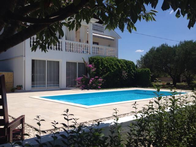 Holiday home Villa Emma - Sukošan