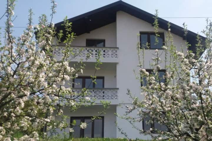 Apt.with Balcony&Garden-The best view&TOP location