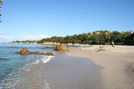 PIEDS DANS L'EAU : VILLA sur PLAGE près PORTICCIO - Pietrosella