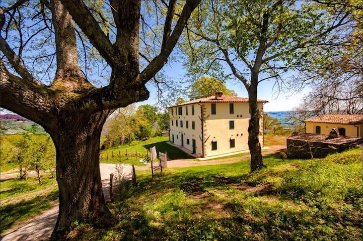 Il Roccone, casale in Toscana - Piancastagnaio - วิลล่า