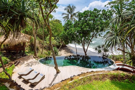 The Cove Bali -- Beachfront Villa w/ Private Chef