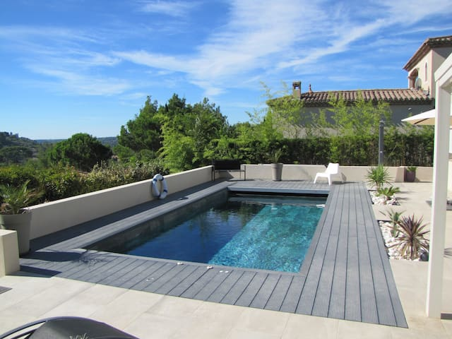Un studio au soleil piscine privée - Béziers - Appartement