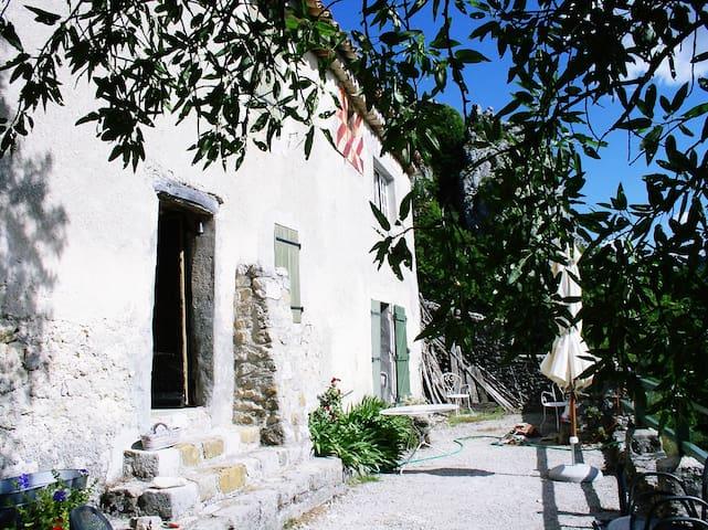 Charmerende hus, Gorges du Verdon, fabelagtigt - Rougon - House