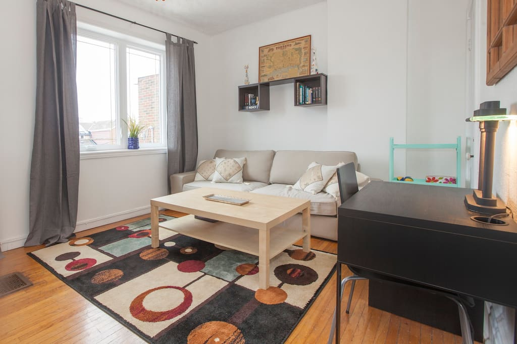Cozy 2 Bed Apartment In Downtown Little Italy Apartments For Rent In Toront