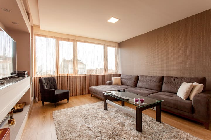 Slice of Heaven in heart of town  - Osmanbey, Şişli - House