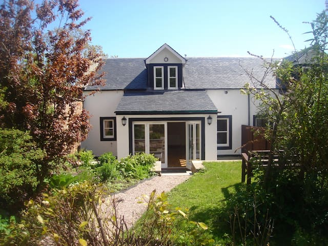 Luxury cottage in the heart of Crail.  Sleeps 8 - Crail - Casa