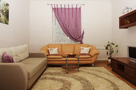 Двухкомнатная квартира центр Минска